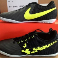 Sepatu Futsal NIKE ELASTICO PRO III IC 685360-001