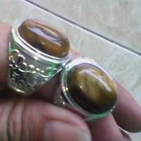 perhiasan cincin batu biduri sepah coklat fosil keras motif unik