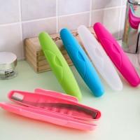 Kotak tempat sikat gigi bisa dibawa untuk Travel