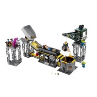 Lego 7596 Trash Compactor Escape