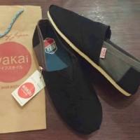 harga Sepatu Wakai Slop Combine Pria Hitam Abu & Hitam Merah Tokopedia.com
