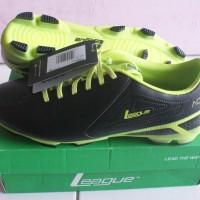 Sepatu Bola League ACE