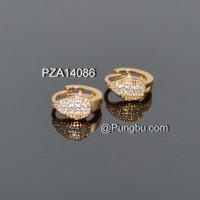 Anting jepit emas motif daun zircon PZA14086