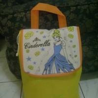 Goodiebag/tas souvenir ultah model ransel kartun cinderella