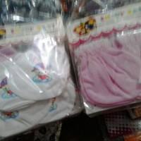 sarung tangan dan kaos kaki bayi