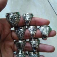 Emban ikat cincin ring germanium tanam dan gigi motif campur