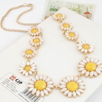 GoldGold Chain Necklace Pen Chain Necklace Pendant 11-Bud Daisy Flower