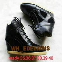 harga Sneaker Wedges Irons Black Leather Tokopedia.com