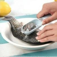 Pengeruk Pengerok Pembersih Sisik Ikan