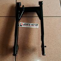 harga Swing Arm Lengan Ayun Astrea Grand Impressa Legenda Bukan Ori Tokopedia.com