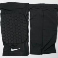 Leg Sleeve Nike Short ( with Pad )