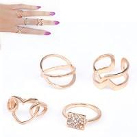 Cincin Korea Forever 21 diamond decorated heart shape design
