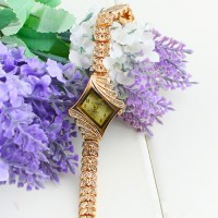 Fashion New Lady Women watch Luxury Rhinestone Quartz Crystal