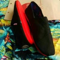 harga sepatu wakai black red / hitam merah Tokopedia.com