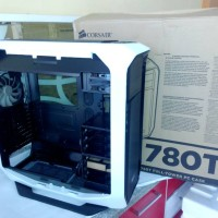 Corsair Casing Graphite 780T (Black / White) NEW !!