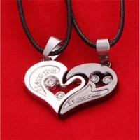 Kalung couple hadiah valentine untuk pacar