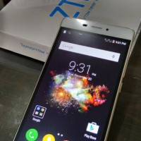 ZTE Blade A711, Android Lolipop, Fingerprint, 13MP