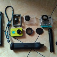 Yicam + Waterproof + Mini Tripod and Tongsis + Lensa Cpl, Casing Kamera
