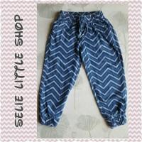 harga Celana Panjang Jeans Anak Perempuan (model Joger, Motif Zigzag) Tokopedia.com