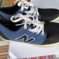 Sepatu New Balance warna Biru trend 2016