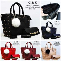 Charles and Keith Shopper