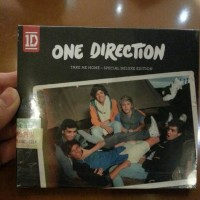 CD ONE DIRECTION - TAKE ME HOME SPECIAL DELUXE (+DVD)