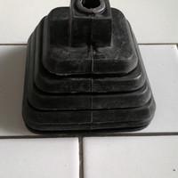 harga Karet Tutup Tuas Persneleng / Operan Gigi Suzuki Carry 1.0 (ST100/T5) Tokopedia.com