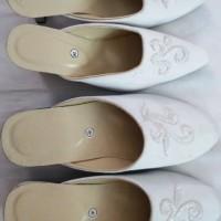 harga Selop Pengantin Sepatu Kebaya couple akad nikah pre wedding murah baru Tokopedia.com