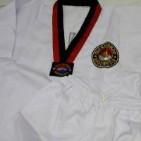 Dobok/Seragam Taekwondo Pemula - Kerah Merah Hitam