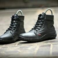 Sepatu boot pria kulit paling murah kualitas kulit kickers