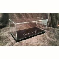 Display Acrylic Skala 1:18 Mobil