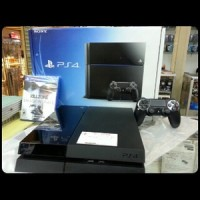 PS4 ORI SONY + EARPHONE + 1 STICK WIRELESS ORI MESIN + HDMI + CASHAN STIK