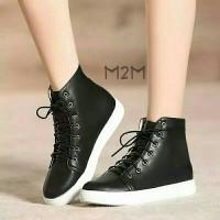 Sepatu Boot Wanita
