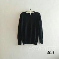 harga V Sweater Round Hand Black Tokopedia.com