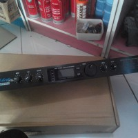 Echo/Effektor/Efek Vokal Alesis MicroVerb4 ( Microverb 4 Malaysia )