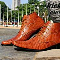 harga Sepatu Murah Kickers High Pantofel Rest Kulit Serat Kayu Tan Tokopedia.com