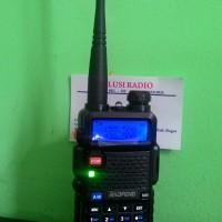 Jual HT BAOFENG UV-5R WARNA DUALBAND 5 W FM RADIO Li-ion BATTERY 1800 mAh Murah