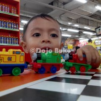 Thomas & Friends Die Cast Set 4 Kereta Besi Magnet