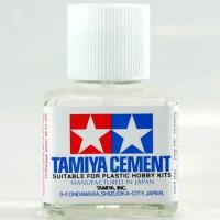 Tamiya  Cement  ( model kit gundam tool)