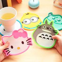 Tatakan gelas karakter Minion/Totoro/Hello kitty/Monster Univ