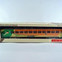 miniatur kereta api - Gerbong Ekonomi AC Hijau orens KAI (Papercraft)