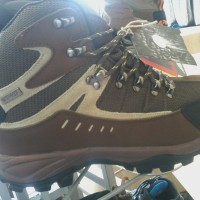 harga Sepatu gunung rei XCALIBUR Tokopedia.com