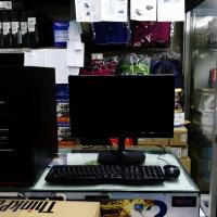 Komputer Rakitan Murah prosesor AMD Athlon II X2 240 monitor 15,6