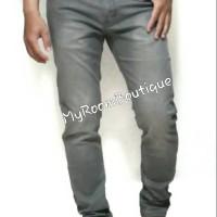 Import Celana Panjang Jeans April 77