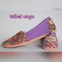 harga Sepatu Kanvas Ppyong Tribal Ungu ( Not Wakai / Vans / Toms) Tokopedia.com