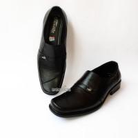 Sepatu Kulit Asli Pria Pantofel Kerja Kantor Formal CROCODILE Hitam A3