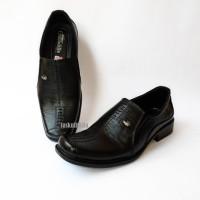 Sepatu Kulit Asli Pria Pantofel Kerja Kantor Formal CROCODILE Hitam A8