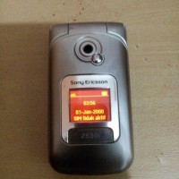 HP Sony Ericsson Z530I Silver Normal Batangan