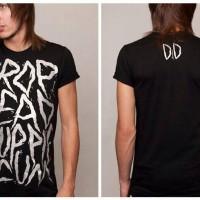 harga Tshirt / Kaos Dropdead Yuppie Scum (premium Edition) Tokopedia.com