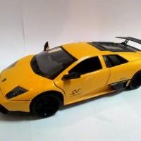 Motormax Lamborghini Murcilago LP 670-4 SV   skala 1:24, Kuning.